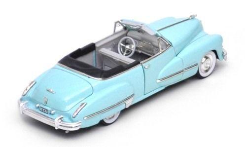 1947 Cadillac Series 62 Convertible - Escala 1:32 Signature Models