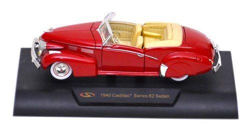 1940 Cadillac Series 62 Sedan - Escala 1:32 - Signature Models