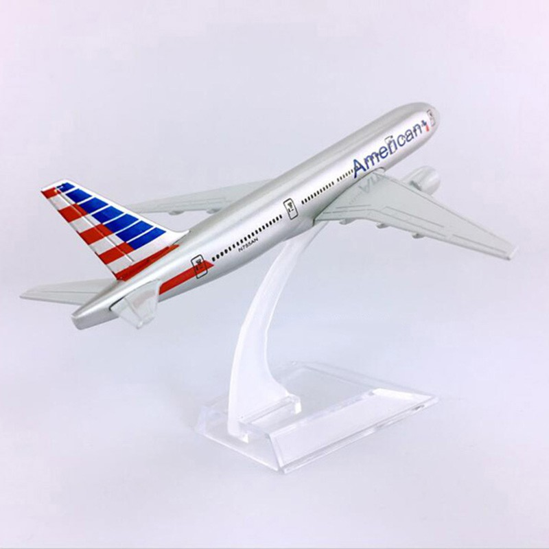 American Airlines - Boeing 777