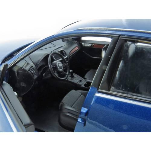 Audi Q5 - Escala 1:24 - Motormax