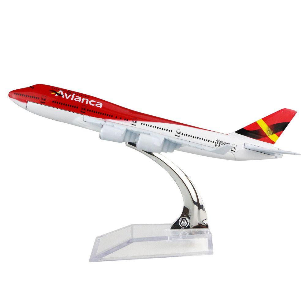 Avianca - Boeing 747