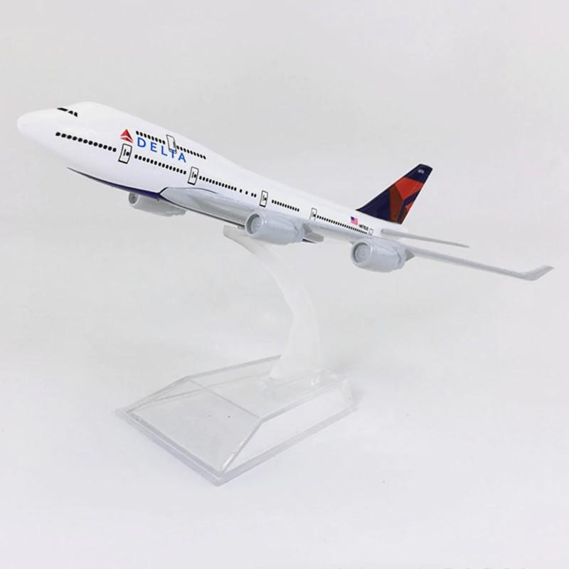 Delta Air Lines - Boeing 747