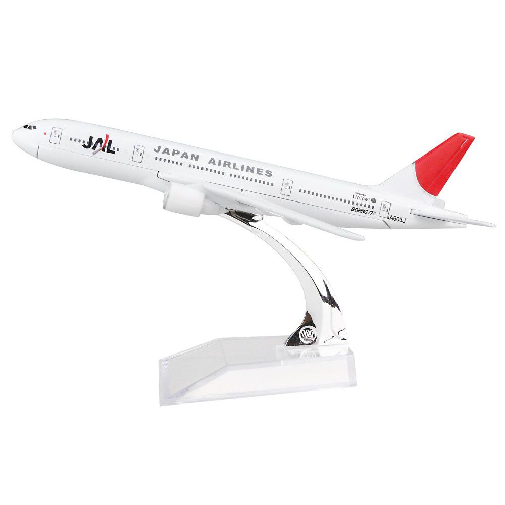 JAL Japan Airlines - Boeing 777