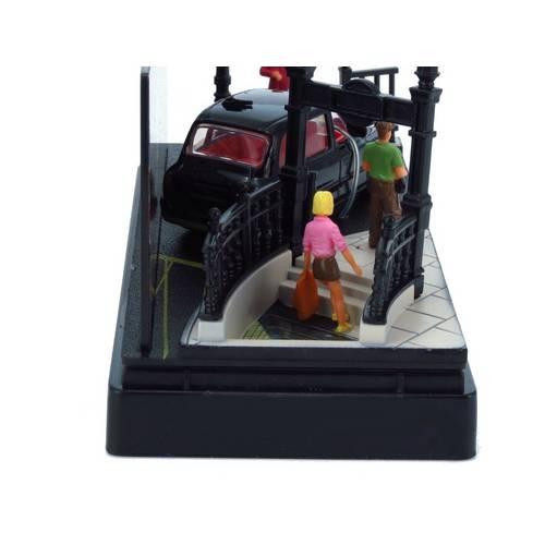 LTC TX4 - Piccadilly Circus - Diorama 1:64 - Motormax