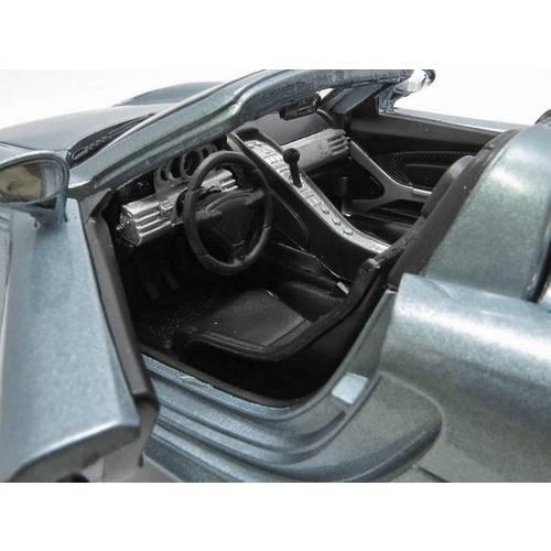 Porsche Carrera GT- Escala 1:24 - Motormax