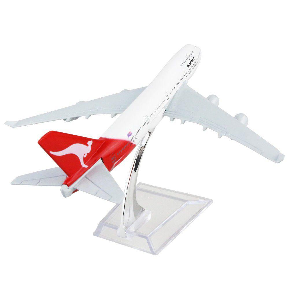 Qantas Airways - Boeing 747