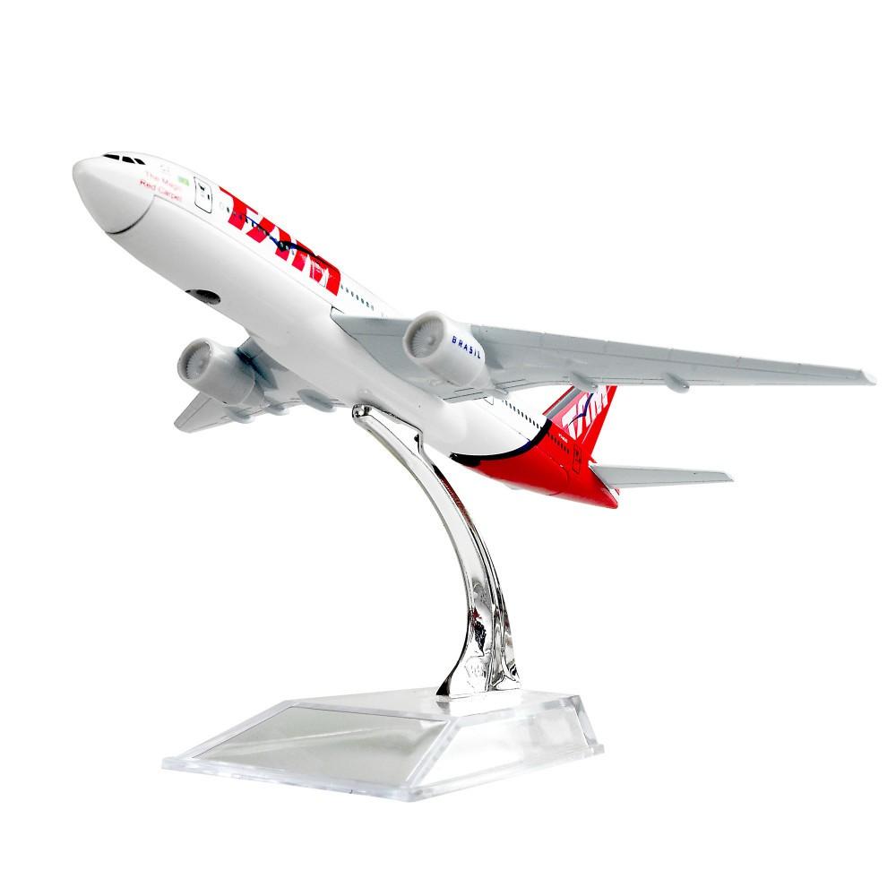 TAM - Boeing 777