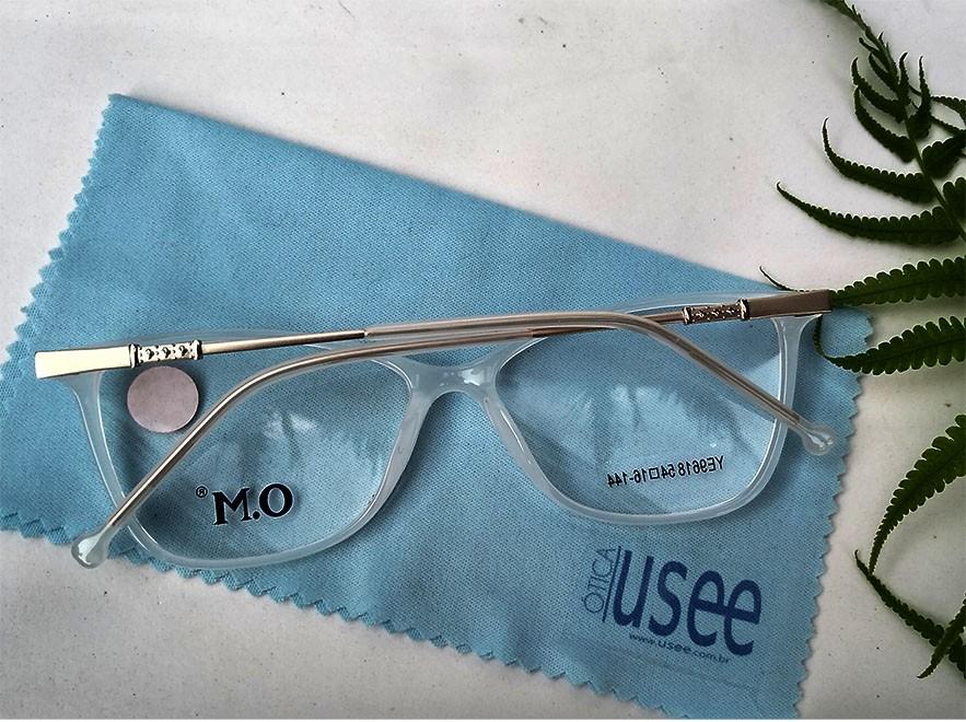 Armação De Óculos de grau Feminino Retangular Charm White Gaby