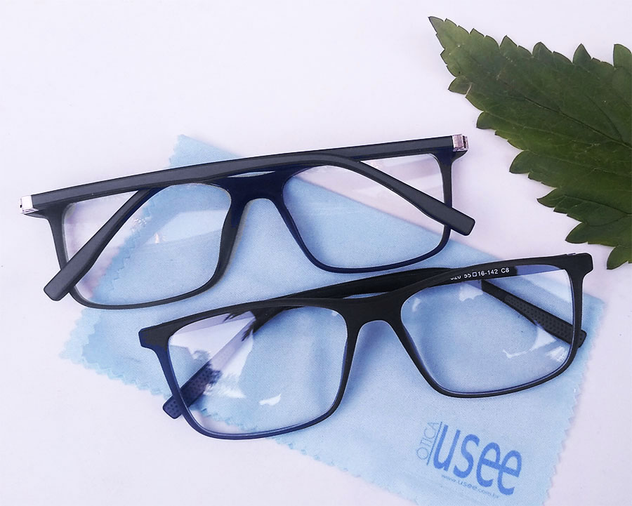 Armação de oculos de grau Masculino Quadrado Black 5820 Sport Confort