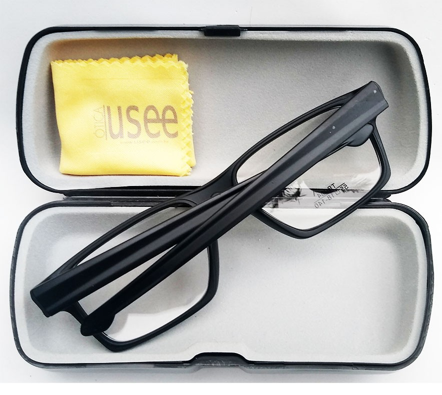 Armação de oculos de grau Masculino Quadrado Degrade Straight Sport 8034