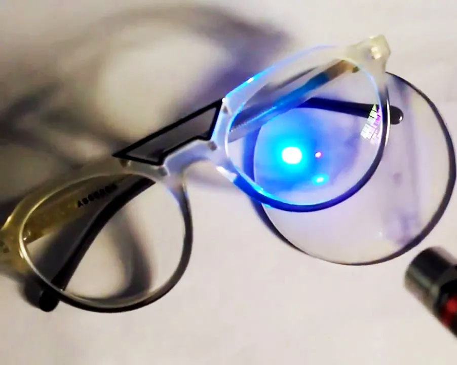 Par de Lentes para óculos Multifocais HD Blue Progressiva Incolor com Antirreflexo Presbiopia