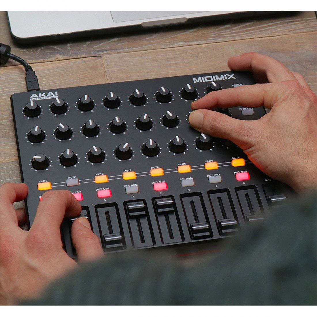 Akai DAW MidiMix Controller, Mixer Portátil, USB