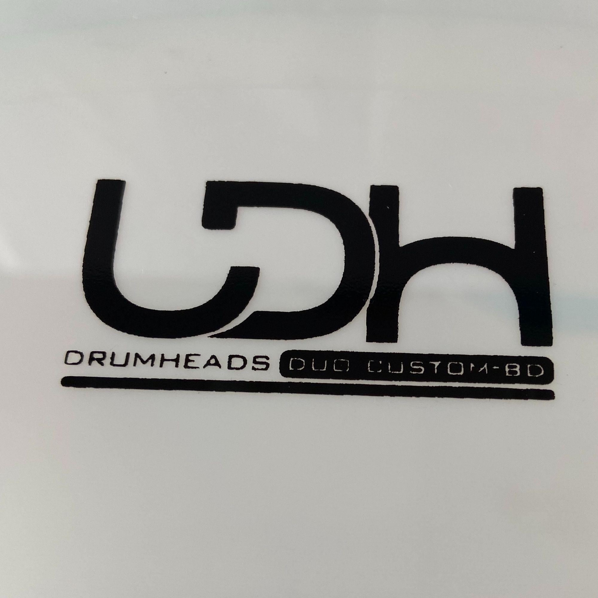 "Pele Batedeira Duo Custom BD Luen Drumheads LDH 22"" para Bumbo de Bateria."
