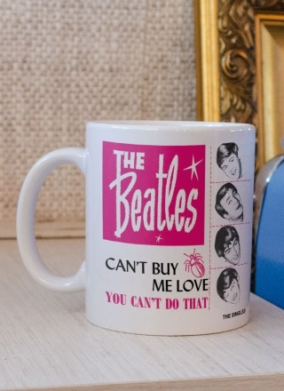 Caneca The Beatles Can´t Buy Me Love
