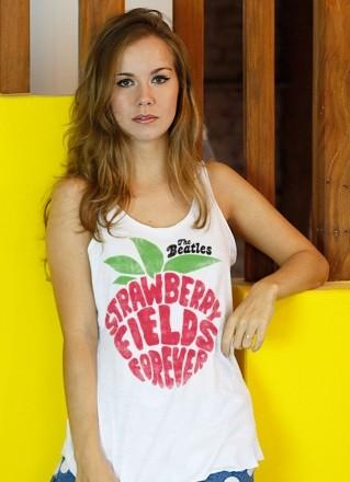 Regata Premium Feminina The Beatles Strawberry Fields Forever