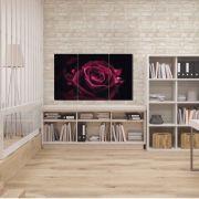 Quadro Decorativo Rosa na Cor Roxa com Fundo Preto 3 peças