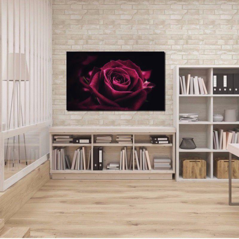 Quadro Decorativo Rosa na Cor Roxa com Fundo Preto 1 peça