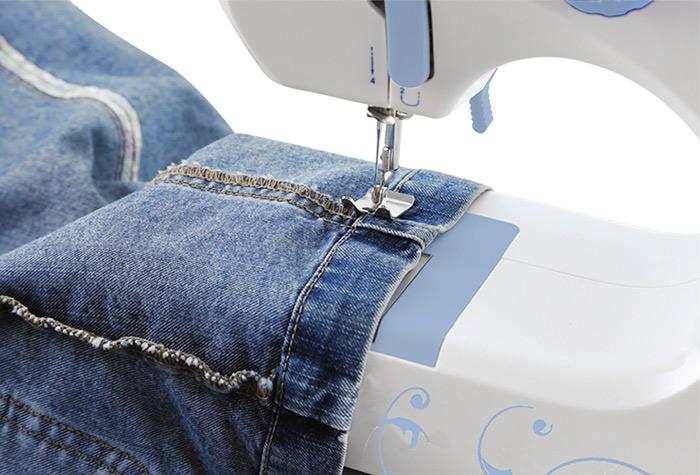 Máquina de Costura Profissional + Kit Costura 60pçs GRÁTIS SM-520