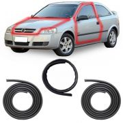KIT PAR BORRACHA PORTA + TRANSVERSAL DO CAPÔ ASTRA HATCH SEDAN 99 A 11 2/4 PORTAS COM ABA TIPO BAIXA