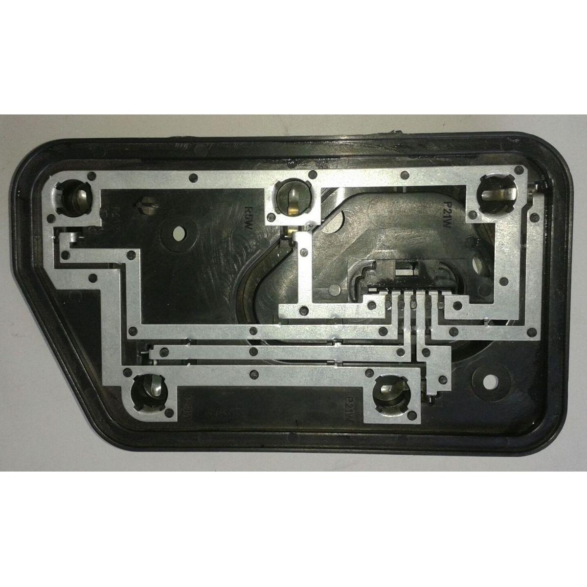 Soquete Circuito Lanterna Traseira Tipo Direito ou Esquerdo   - Amd Auto Peças
