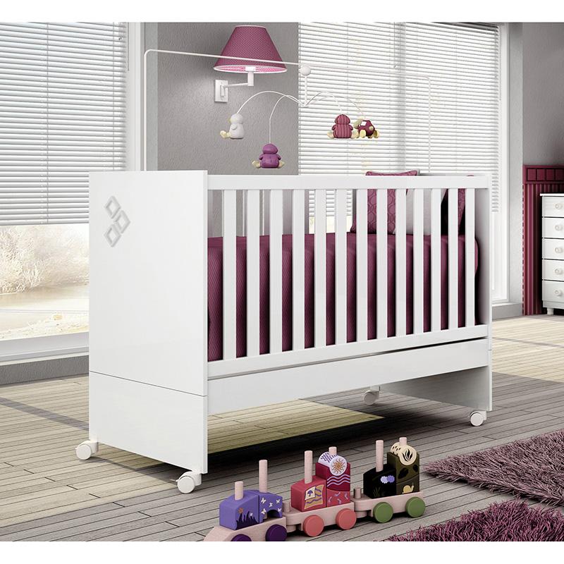 Quarto para bebê Soneto 04 portas Branco