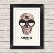 Quadro Decorativo com Moldura em Madeira Maciça e Vidro Caveira Chanel A005