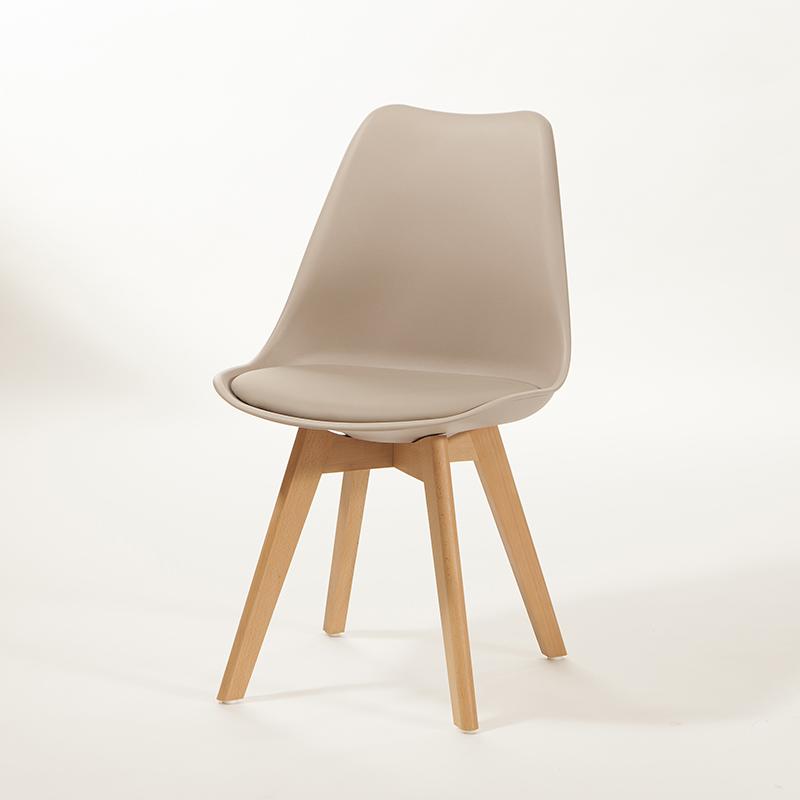 Cadeira Saarinen Wood Base em Madeira