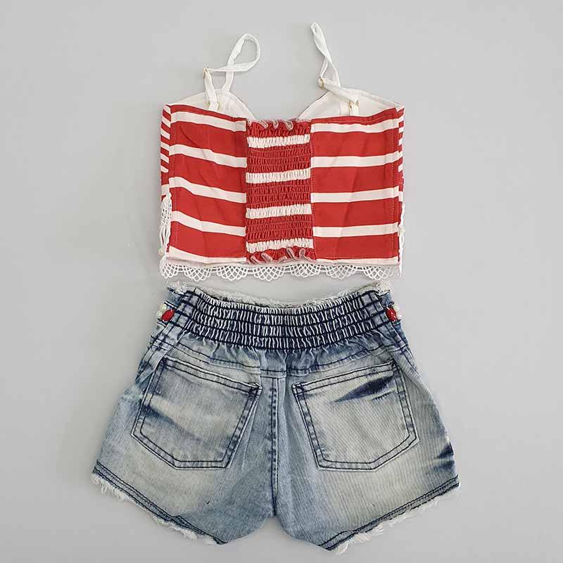 Conjunto Infantil Short Jeans Bordado e Cropped Listrado Kukixo