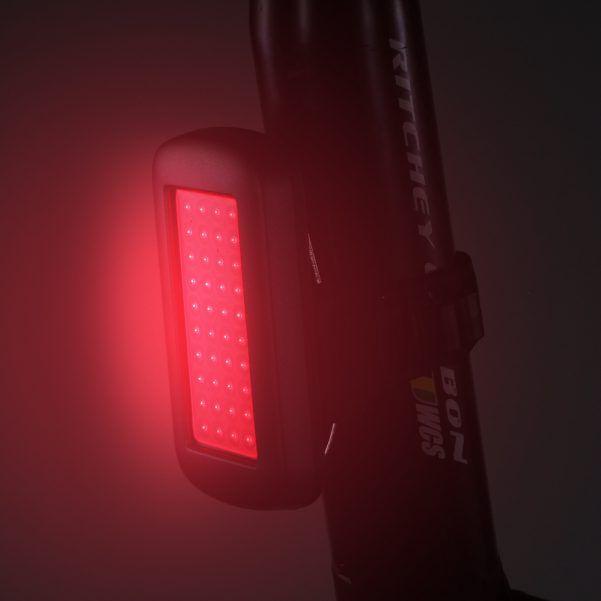 Farol Traseiro Serfas UTL-9 40 Lumens