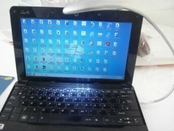 Luminaria com 3 LEDS USB Flexivel Notebook Abajur