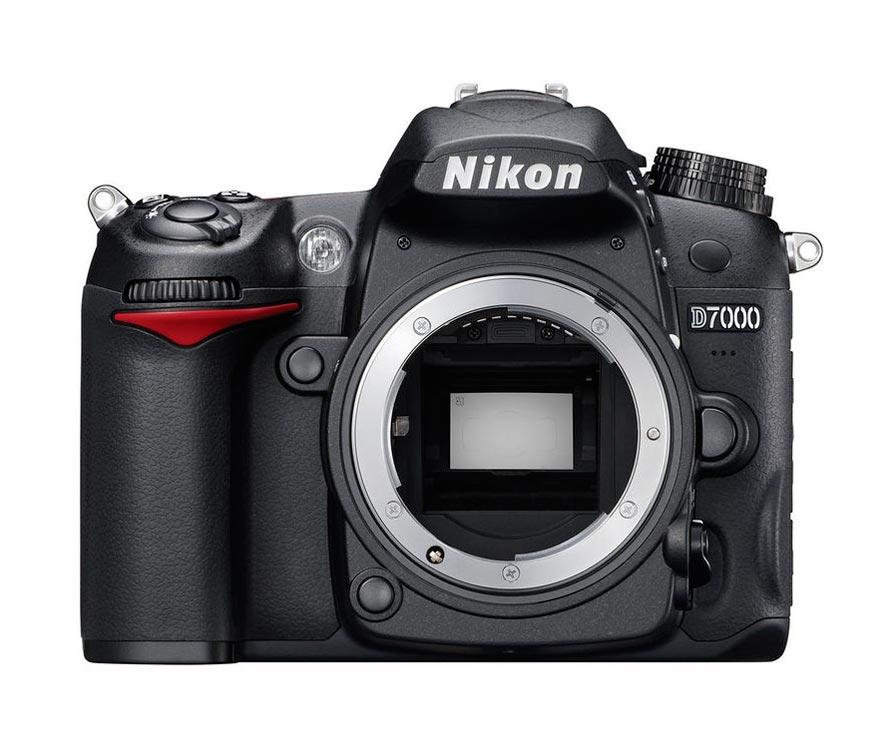 Câmera DSLR Nikon D7000 - Somente Corpo - 16.2mp LCD 3