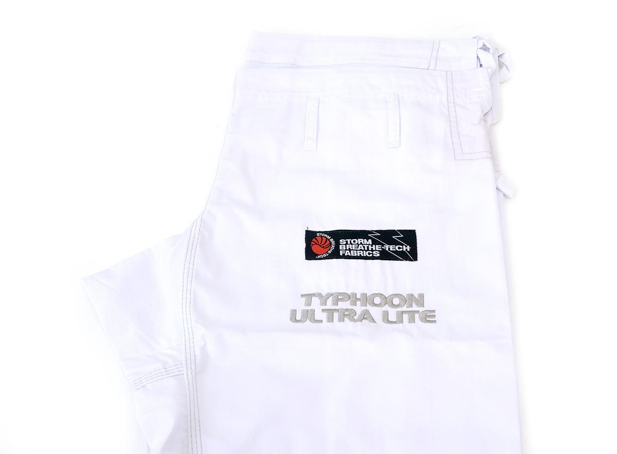 Kimono Storm Typhoon Ultra Lite Gi - Branco