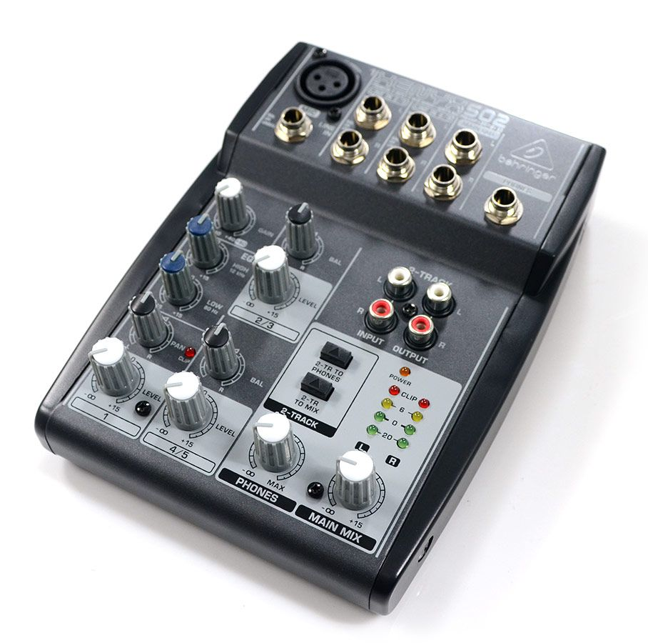 Mesa De Som Behringer Xenyx 502 - 5 Canais 2-Bus Mixer Pre/Amp Na Caixa NF