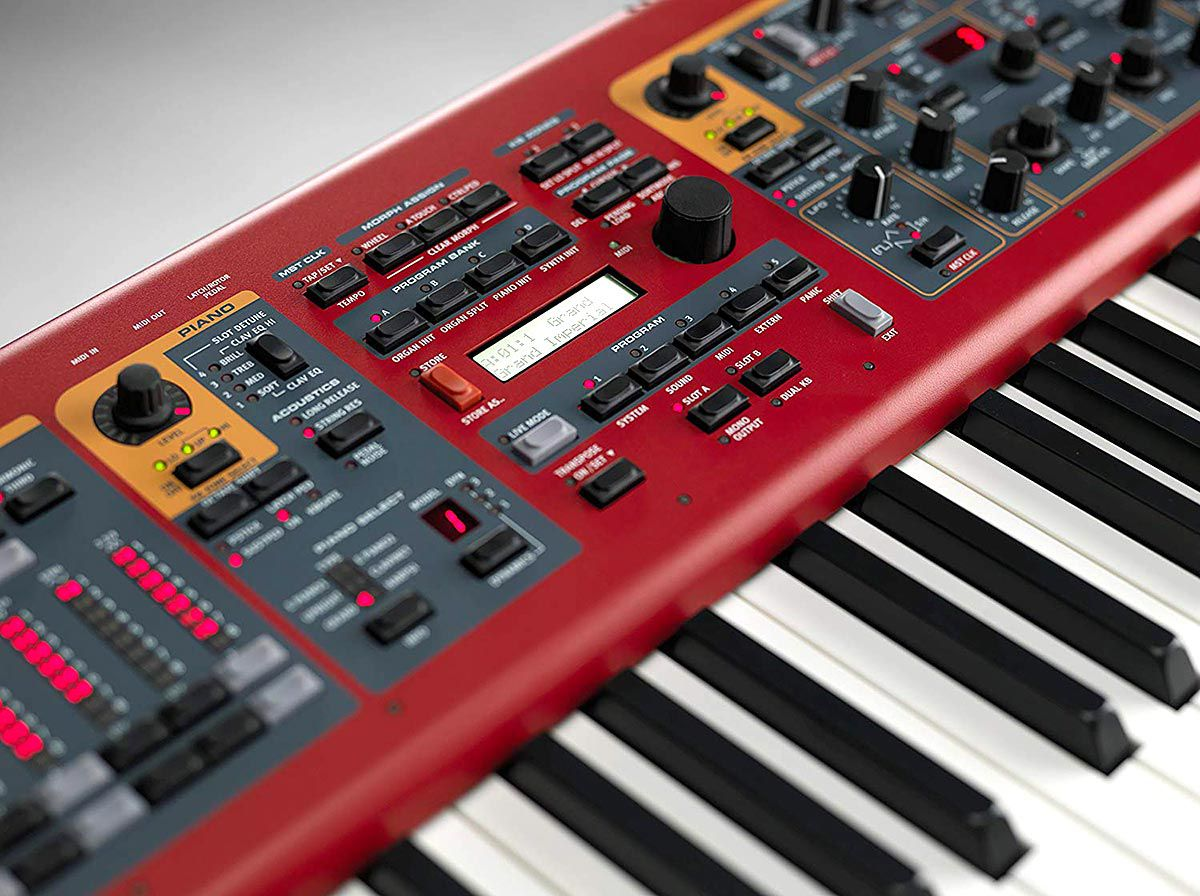 Nord Stage 2 EX 88 Teclas Fully Weighted Hammer Action Keybed (A-C)