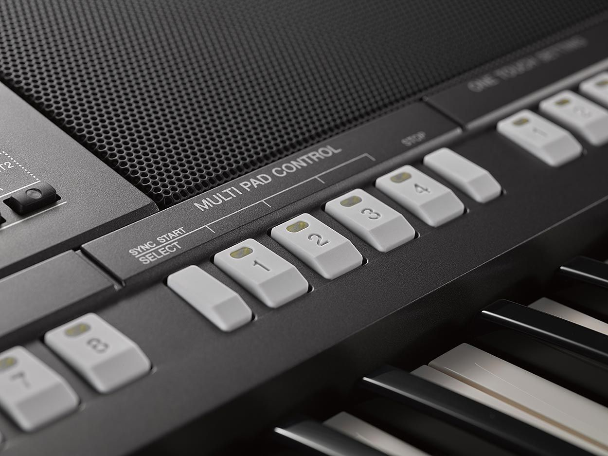 Teclado Arranjador Yamaha PSR-S970 61 Teclas + Fonte Bivolt