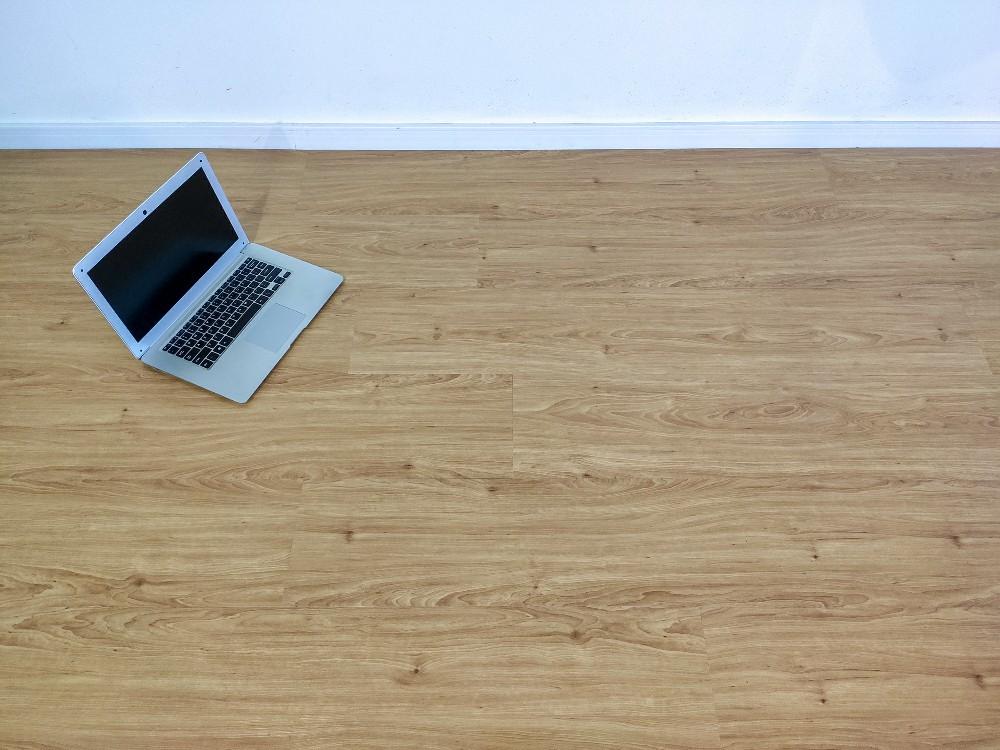 Piso Vinilico Click BR Floor 4mm - Betula (m²)