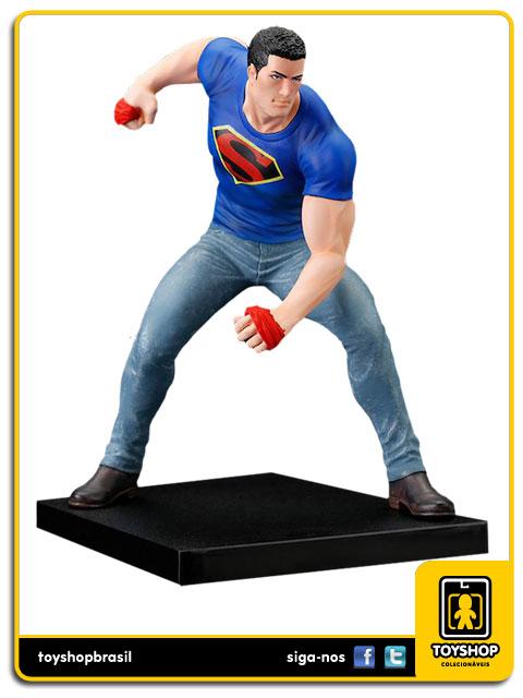 DC Comics: Clark Kent ARTFX+ SDCC - Kotobukiya