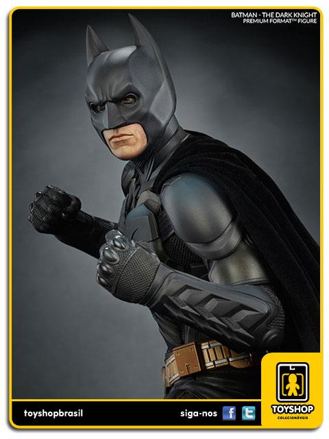 Dc Comics: Estátua Batman The Dark Knight Premium Format - Sideshow Collectibles