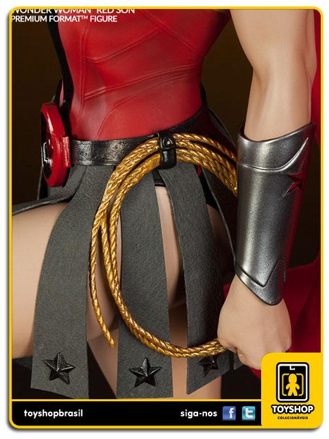 DC Comics: Wonder Woman Red Son Premium Format - Sideshow Collectibles