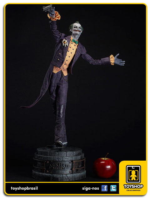 Arkham Asylum: The Joker Premium Format  - Sideshow Collectibles