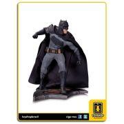 Batman v Superman Dawn of Justice Batman Statue DC Collectibles