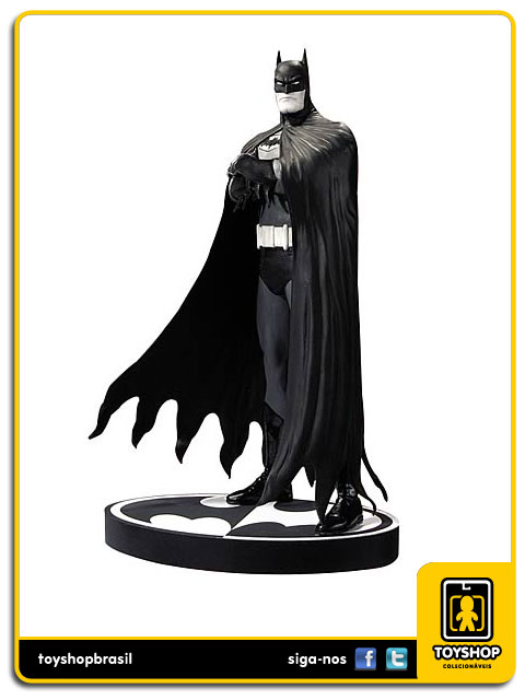 Black and White: Estátua Batman Brian Bolland - DC Collectibles