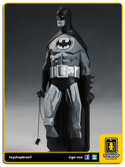Black and White: Estátua Batman Mike Mignola - DC Collectibles