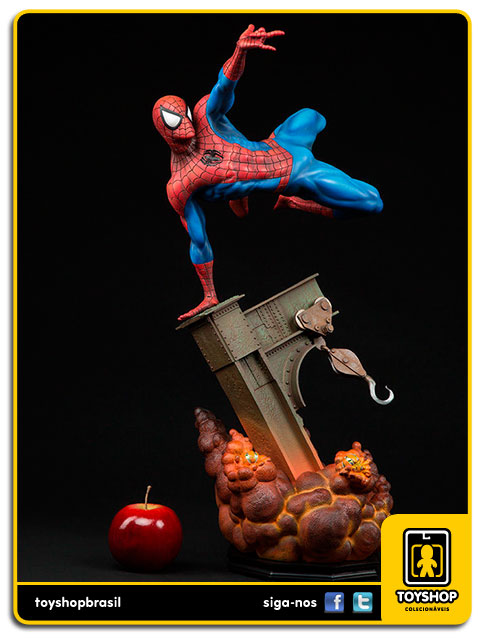 The Amazing Spider-Man: Spider-Man Premium Format - Sideshow Collectibles