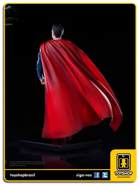 Batman v Superman: Estátua Superman Art Scale 1/10 - Iron Studios