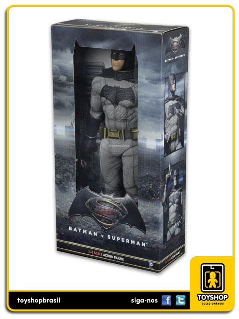 Batman vs Superman: Batman 1/4 - Neca