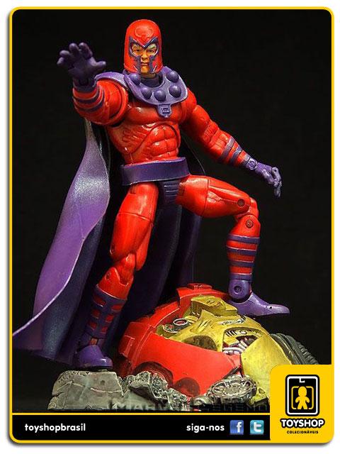 Marvel Legends Series III: Magneto - Toy Biz
