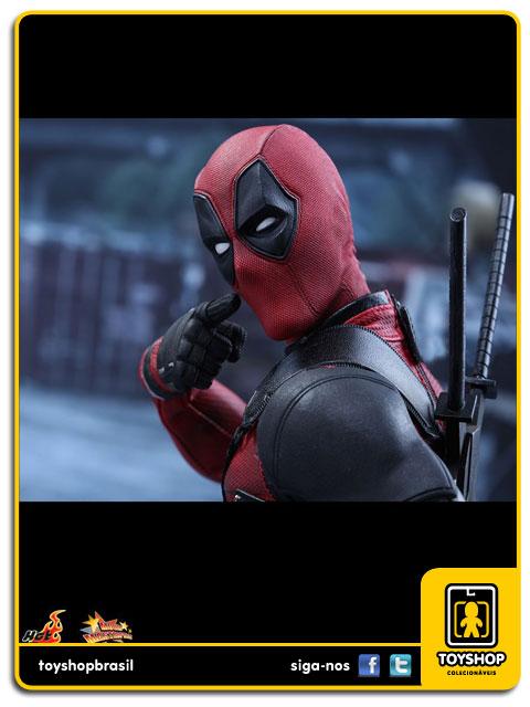 Deadpool: Deadpool 1/6 - Hot Toys