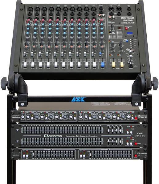 Mesa de Som Wattson com 12 Canais com Canal Balanceado + Processador Digital de Efeitos + USB com Controle Remoto - AMBW 12 XDF