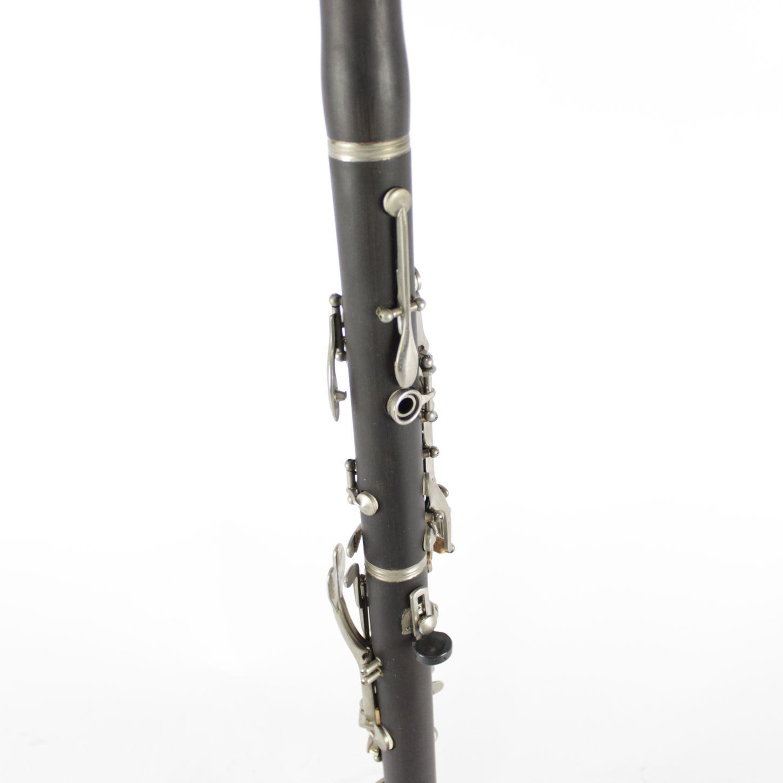 Clarinete Custom 17 Chaves BB em ABS e Chaves Niqueladas com Case - Exposição